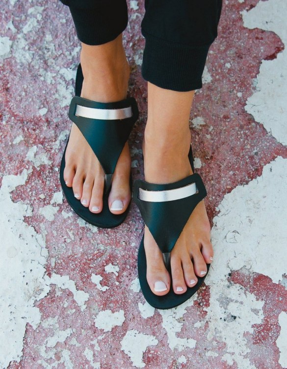 Just what every summer wardrobe needs, the Artemis Black and Silver Greek Leather Sandal is every woman's dream pair, super comfy and elegant, and easily combined with any outfit.