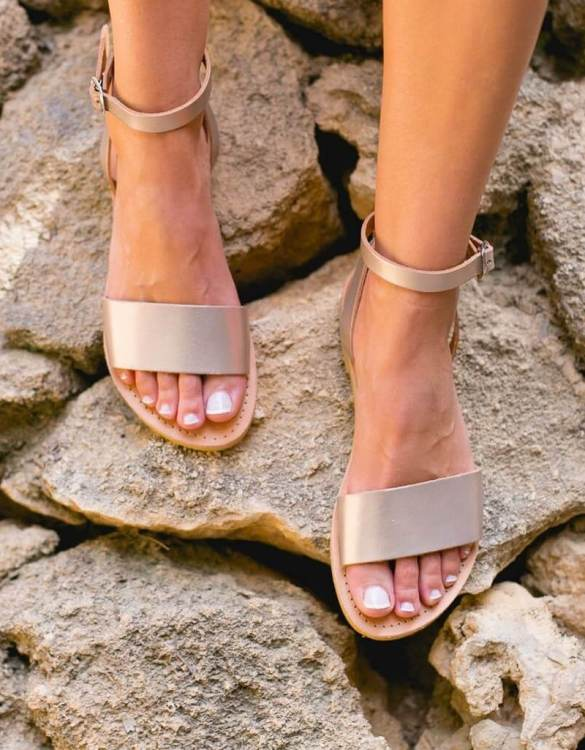 Just what every summer wardrobe needs, the Erato Greek Leather Sandal is every woman's dream pair, super comfy and elegant, and easily combined with any outfit.