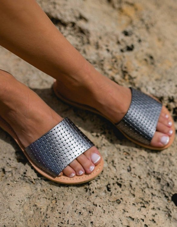 Just what every summer wardrobe needs, the Leto Greek Leather Sandal is every woman's dream pair, super comfy and elegant, and easily combined with any outfit.