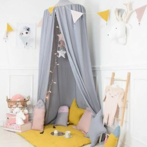 A super cosy retreat, the Baldachin Quite Water Children's Bed Canopy create a fun fairytale-like environment in your child's bedroom.