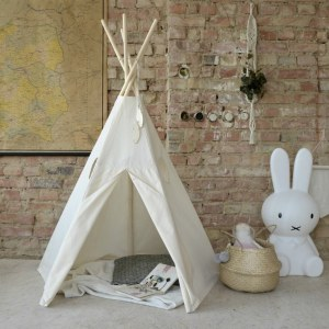 A perfect hideaway for tiny people, the Monochrome Beige Children's Play Teepee gives your little one the space they need to let their imagination flow.