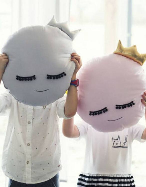 A unique way to show somebody just how much you care, the Pink Moon Baby Cushion is a truly unique occasional gift for your favourite little person to treasure for the years to come.