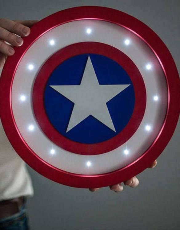 Confront the dark side and shine a light with the Captain America Shield Night Light. Ideal for when you are feeling the light side more than the dark side, we love this kid's night light. Not only is it cute, but it also looks pretty cool too. Perfect for a kid's bedroom or maybe someone who is a big kid at heart.