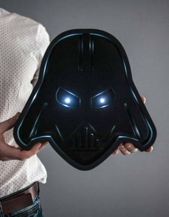 Confront the dark side and shine a light with the Darth Vader Night Light. Ideal for when you are feeling the light side more than the dark side, we love this kid's night light. Not only is it cute, but it also looks pretty cool too. Perfect for a kid's bedroom or maybe someone who is a big kid at heart.