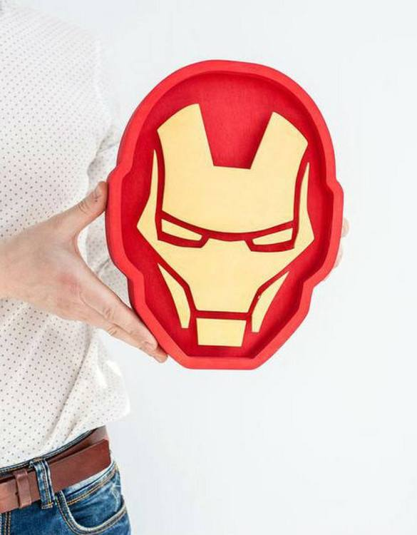 Confront the dark side and shine a light with the Iron Man Night Light. Ideal for when you are feeling the light side more than the dark side, we love this kid's night light. Not only is it cute, but it also looks pretty cool too. Perfect for a kid's bedroom or maybe someone who is a big kid at heart.