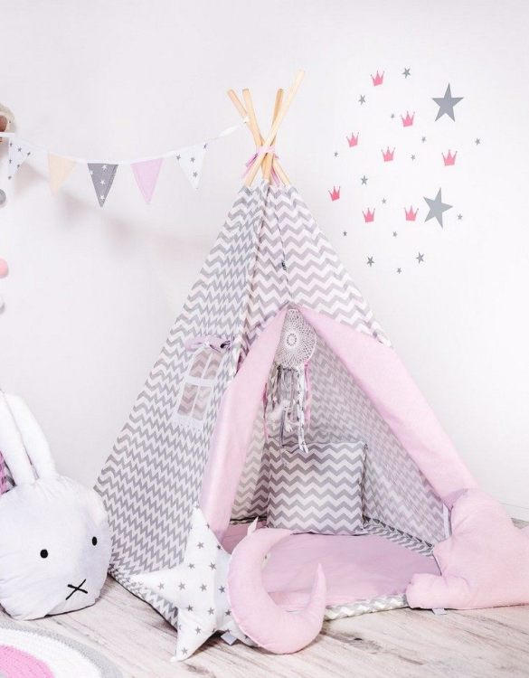 Give your little one the space they need to let their imagination flow with the Child's Teepee Set Candy Nap. This handcrafted children's teepee tent is a versatile play space which is as beautiful as it is fun.