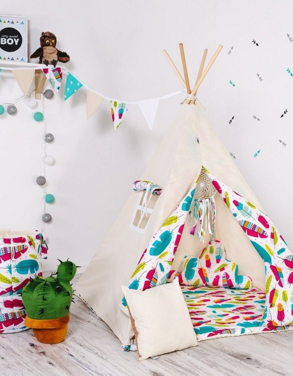 Give your little one the space they need to let their imagination flow with the Child's Teepee Set Feather. This handcrafted children's teepee tent is a versatile play space which is as beautiful as it is fun.