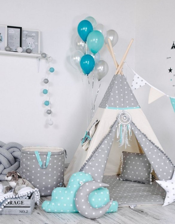 Give your little one the space they need to let their imagination flow with the Child's Teepee Set Mint Pearl Star. This handcrafted children's teepee tent is a versatile play space which is as beautiful as it is fun.