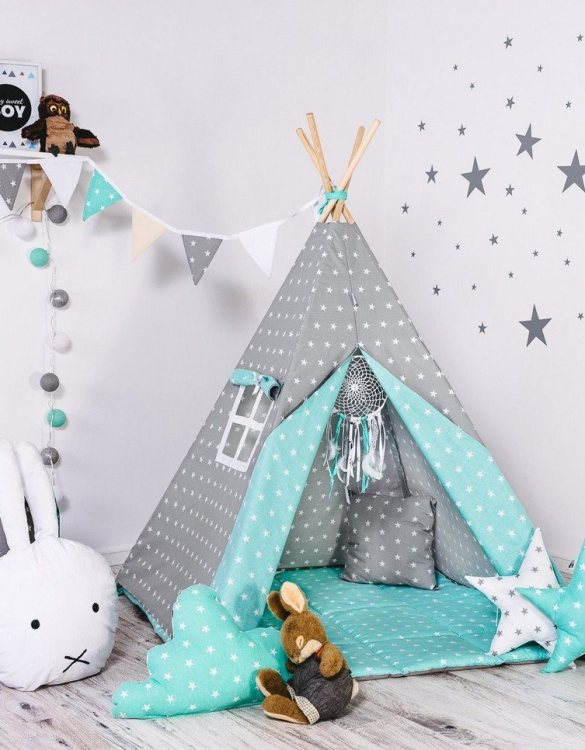 Give your little one the space they need to let their imagination flow with the Child's Teepee Set Minty Dust. This handcrafted children's teepee tent is a versatile play space which is as beautiful as it is fun.