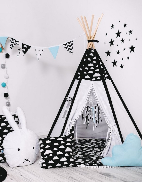 Give your little one the space they need to let their imagination flow with the Child's Teepee Set Oval Cloud. This handcrafted children's teepee tent is a versatile play space which is as beautiful as it is fun.