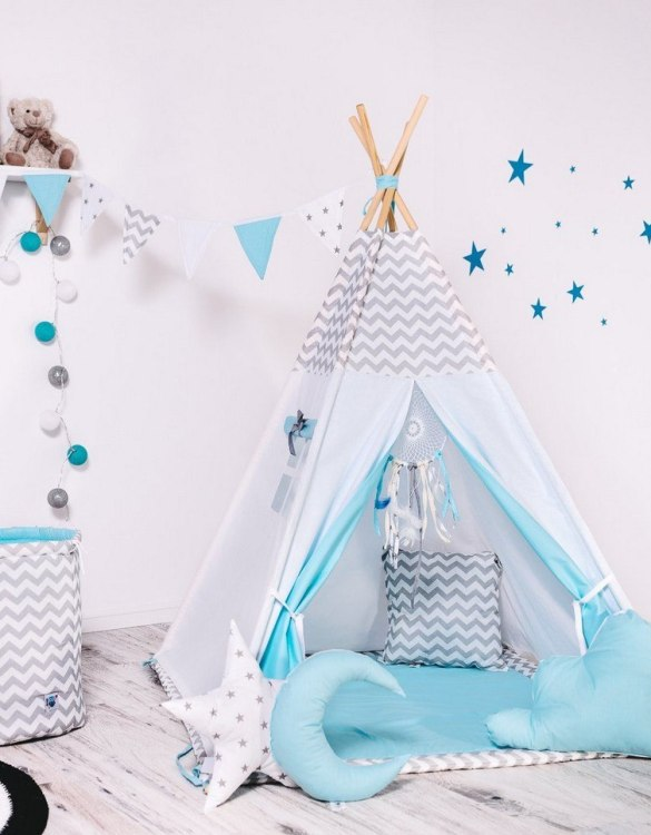 Give your little one the space they need to let their imagination flow with the Child's Teepee Set Blue Wind. This handcrafted children's teepee tent is a versatile play space which is as beautiful as it is fun.