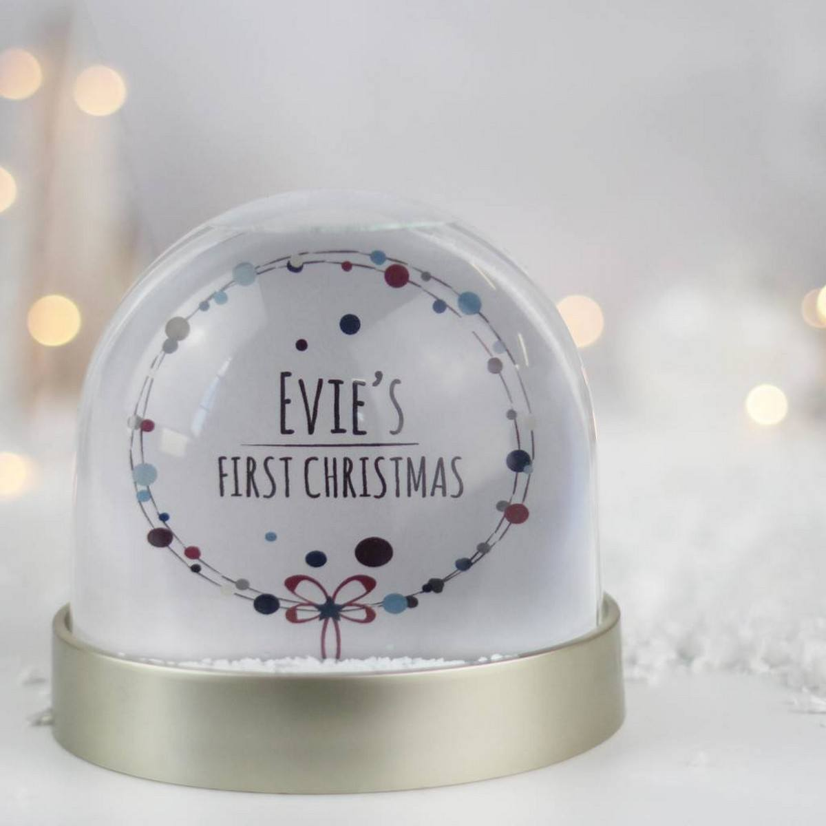 Do you remember being mesmerized by snow globes when you were a kid? These snow globe ideas capture the magic of the season and can be as personalized as you desire.