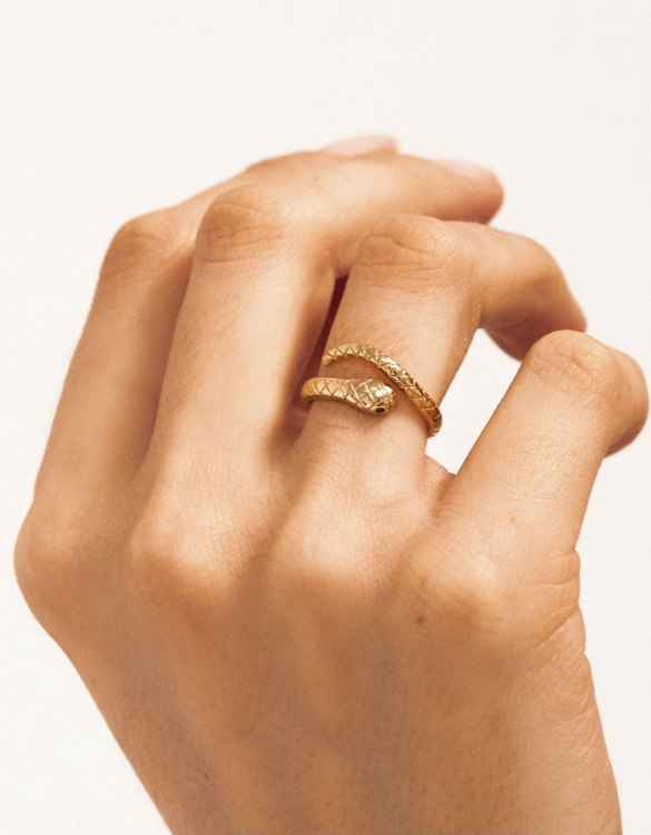 A truly luxurious gift for a friend, or a special treat for yourself, the Boa Gold Ring is a cool way to show a little love. It would be a perfect anniversary, Christmas or birthday gift.