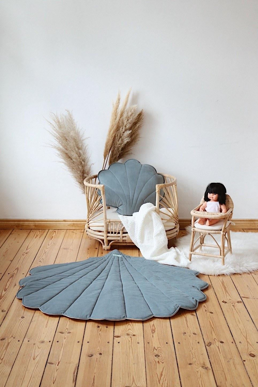 Gray Mint Big Velvet Shell Cushion
