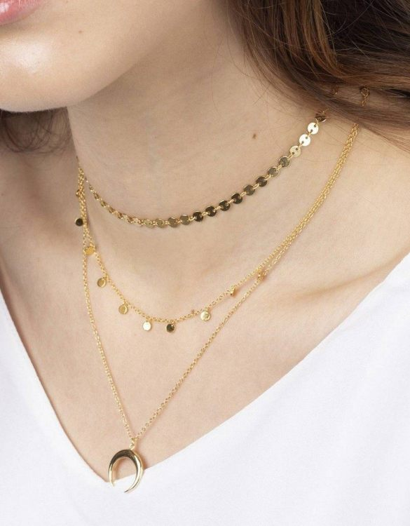 With a sleek, minimal and contemporary design, the Krista Gold Necklace is the perfect everyday accessory for effortless elegance. This special sterling silver necklace has been designed to represent happiness, so whoever wears can be set on the path to joy.