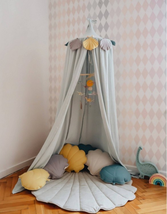 Create a safe fairytale-like environment for little ones with the Mint Children's Bed Canopy. This canopy will suspend neatly above your child's bed or in the corner of room decoration for a baby, to create the perfect space for reading and playing.