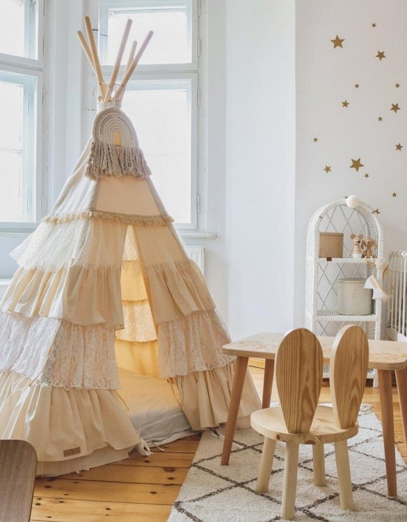 A beautifully handcrafted playtent for little adventurers, the Shabby Chic Children's Play Teepee is a versatile play space which is as beautiful as it is fun. Younger children will enjoy playing camp, hosting a tea party and allowing their imagination to run free (a shop one day a space rocket the next!).