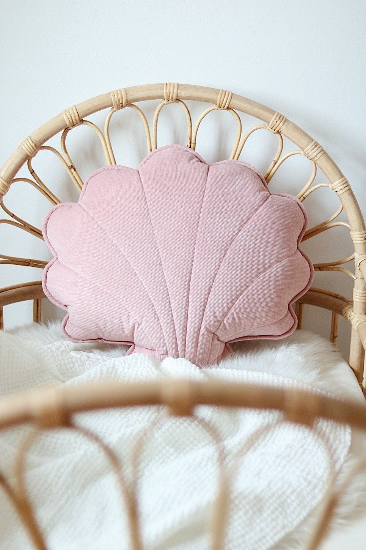 Soft Pink Big Velvet Shell Cushion