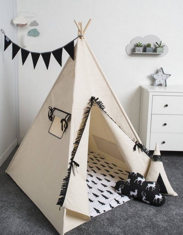 Watch your children create their own adventures with Basic Black Children's Play Teepee! Every little adventure needs their own space to let their imaginations run wild and this kids play tent is just perfect.