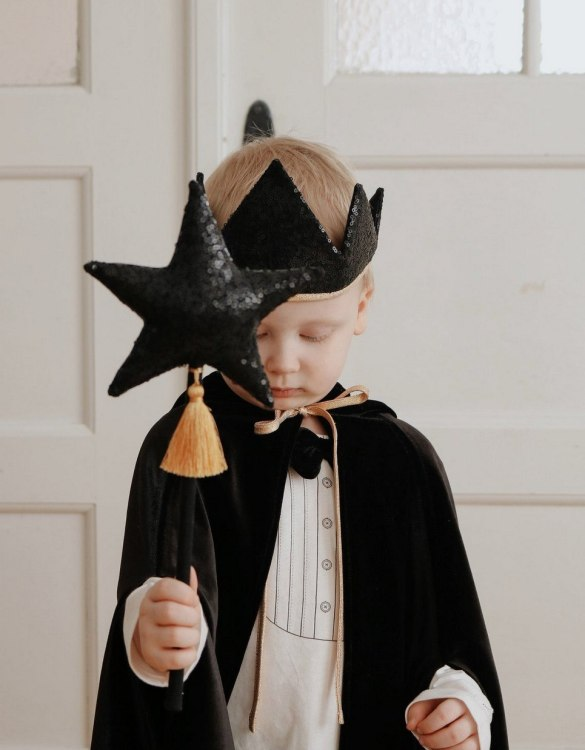 The perfect gift for endless wear, the Black Magic Cape is a favourite choice for godmothers to gift at Christenings and of course a super Christmas gift for children who love dressing up. Perfect for dressing up at a Halloween or a super Hero costume party.