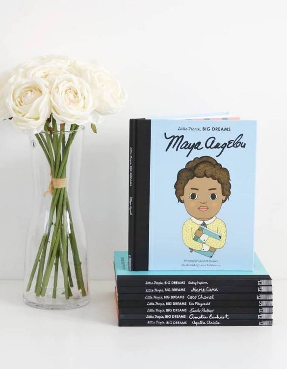 A great gift book for young people, the Little People, Big Dreams: Maya Angelou Children's Book will be a joy a read and keep as a personal and lasting record of time spent with friends both in and out of school.
