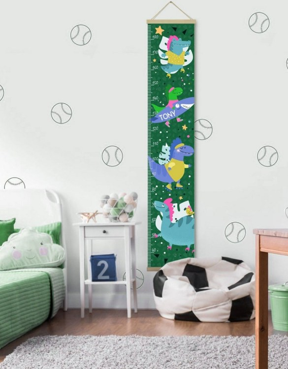 How high are your little creatures? Chart your child's growth development with the Personalised Crocodile Child Growth Chart. This personalised growth chart will look perfect in your children's bedroom, nursery or playroom.