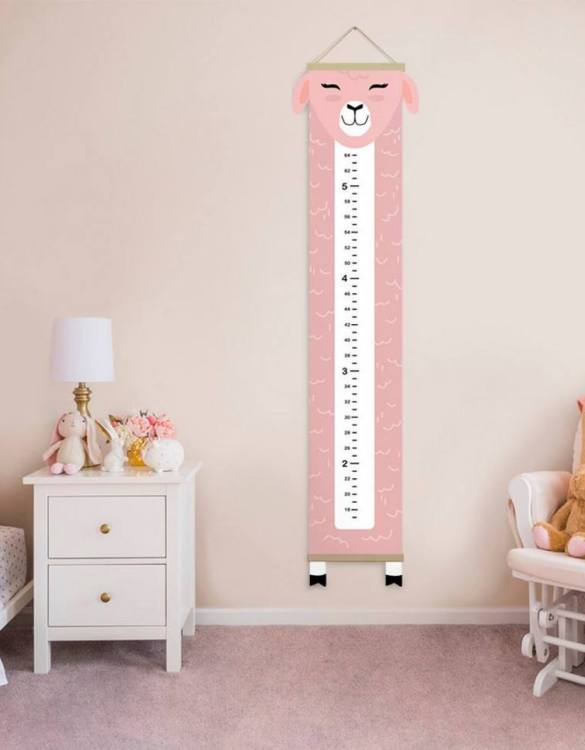 How high are your little creatures? Chart your child's growth development with the Personalised Pink Lama Child Growth Chart. This personalised growth chart will look perfect in your children's bedroom, nursery or playroom.