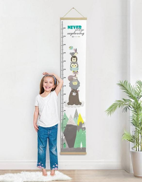 How high are your little creatures? Chart your child's growth development with the Personalised Woodland Child Growth Chart. This personalised growth chart will look perfect in your children's bedroom, nursery or playroom.