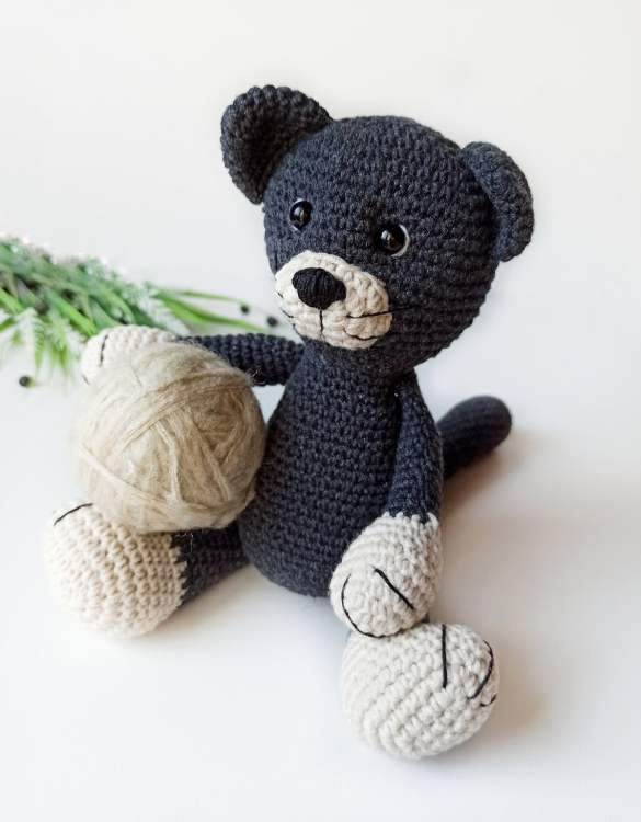 Strong and courageous, the Hand Knitted Cat Children's Plush Toy will watch over your little one each night and be by their side through every adventure. A friend for life.