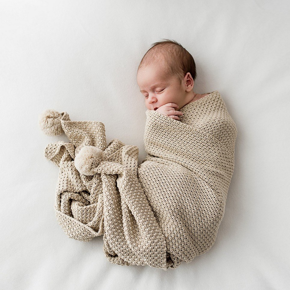 Beige Bamboo and Cotton Baby Blanket with Pompoms