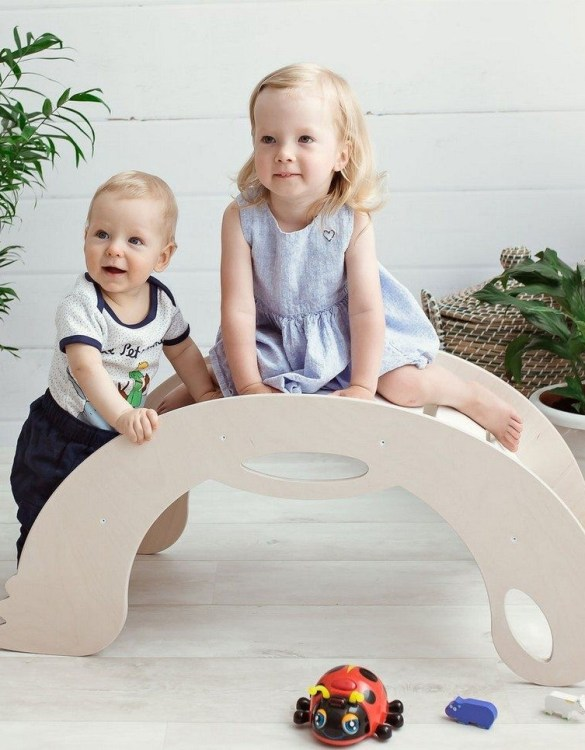 A real educational wooden toy, the Birdie White Rocking Toy is perfect for creative and curious toddlers at playtime. This rocking toy could be an ideal starting point for a toddler's healthy development as it offers a lot of excitement and directs children to take joy in movement.