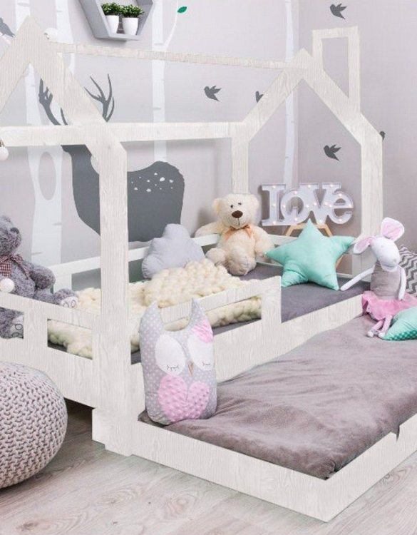 Turn bedtime into a magical adventure with the Children House Bed with Pull-out Bed. An amazing Montessori bed for children where they can sleep and play.