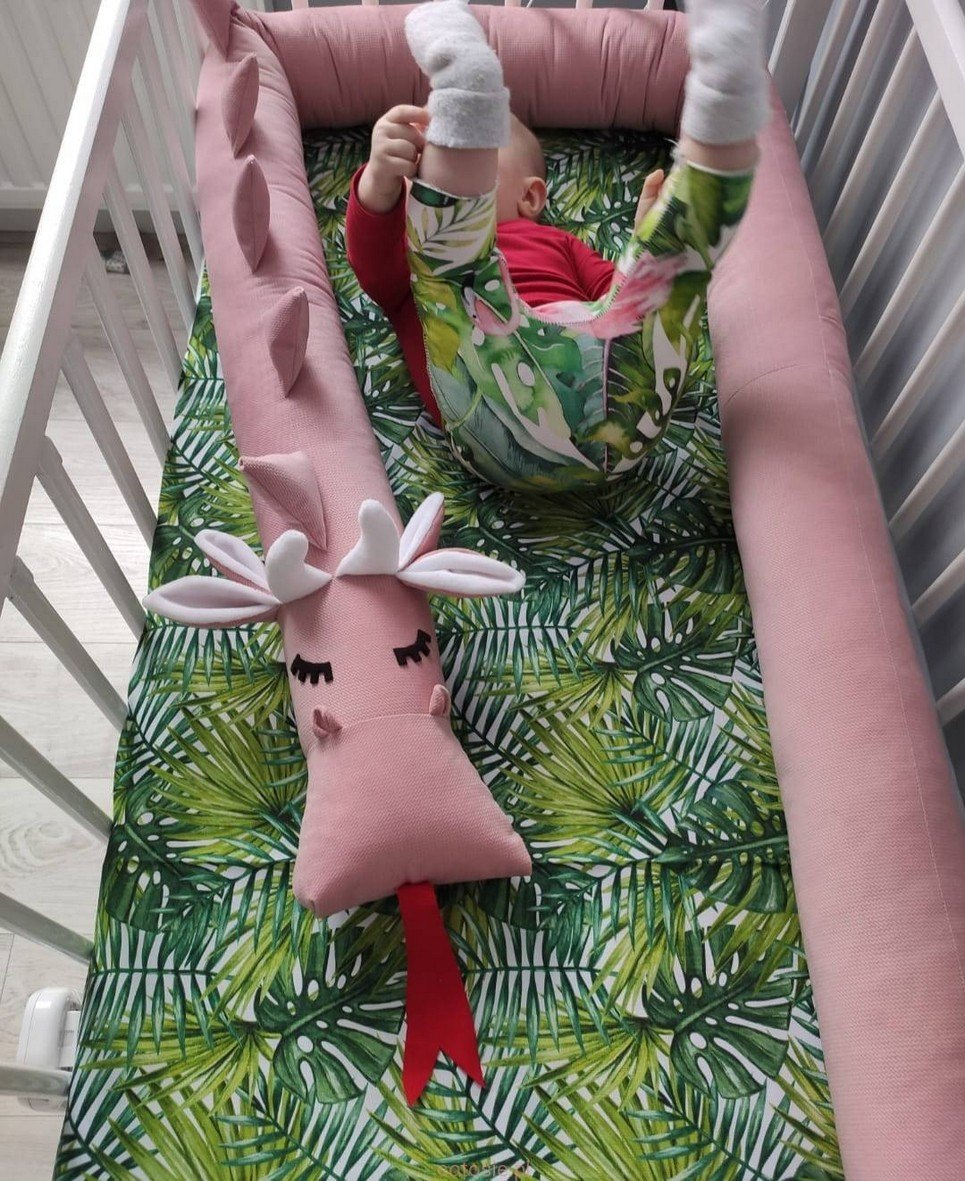Dragon Dirty Pink Velvet Cot Bumper