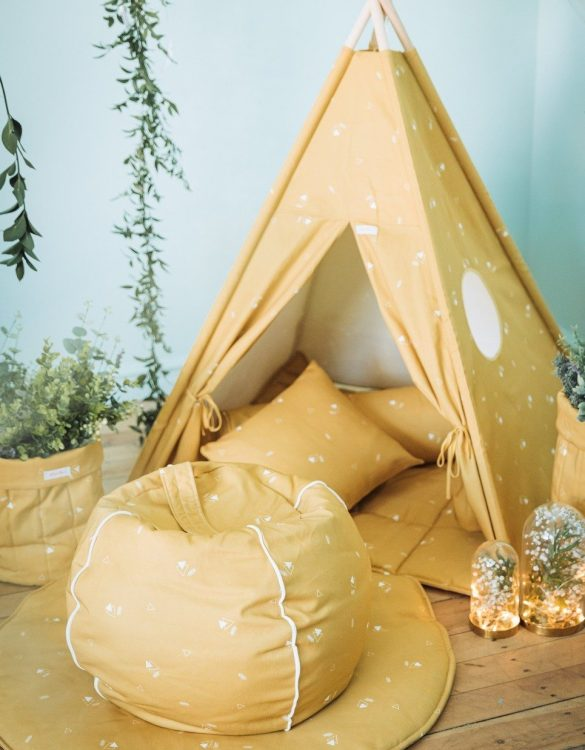 Perfect for creating a little reading corner in a children's bedroom, the Honey Mustard Children's Bubble Beanbag is perfect for lounging. The perfect gift for any toddler or small child, this seating solution is a gorgeous addition to a little one's bedroom or nursery.