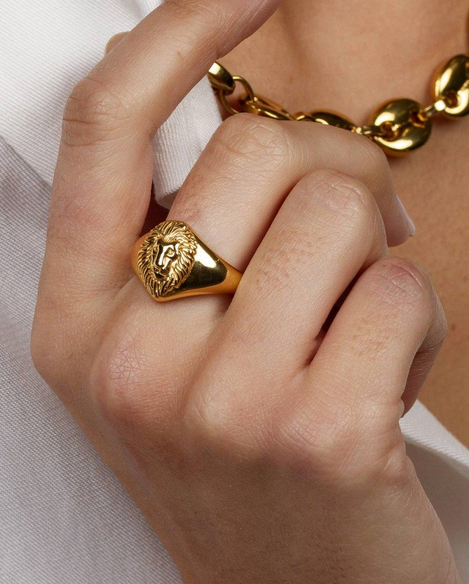 Lion Signet Gold Ring