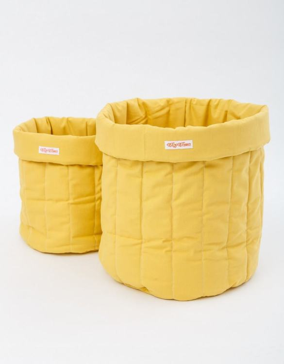 Tidying up your toddler's play area is a doddle with the Plain Mustard Toy Storage Bag, a generously sized accessory that's as stylish as it is practical. Strong and sturdy design making them ideal to store a variety of toys, books, and games.