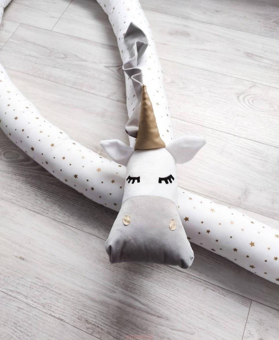 Unicorn Golden Stars Silver Cot Bumper