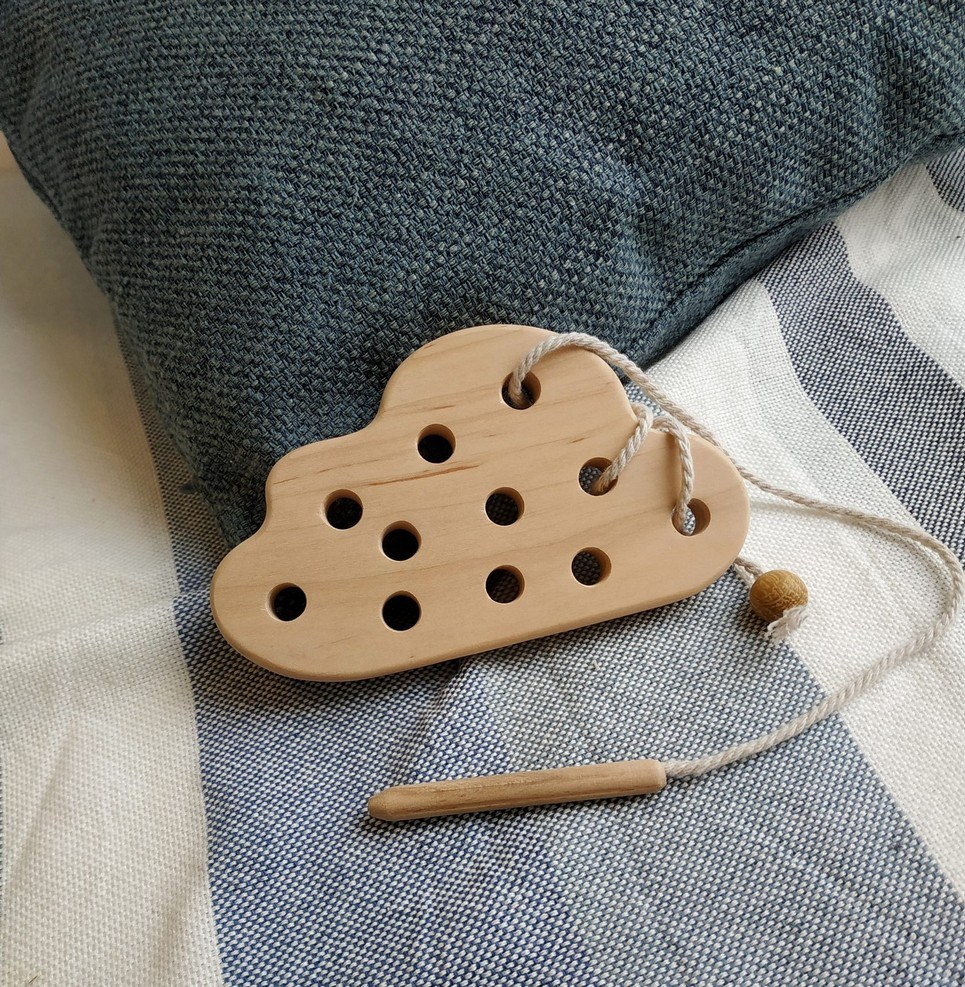 Cloud Wooden Lacing Toy