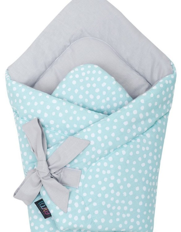 A delightful new-born baby or baby shower present, the Mint Dotty Swaddle Blanket makes a truly unique gift. Babies love to be cuddled from birth as it reminds them of the womb- an environment they spent a lot of time in while they developed.