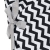 A delightful new-born baby or baby shower present, the Zig Zag Swaddle Blanket makes a truly unique gift. Babies love to be cuddled from birth as it reminds them of the womb- an environment they spent a lot of time in while they developed.