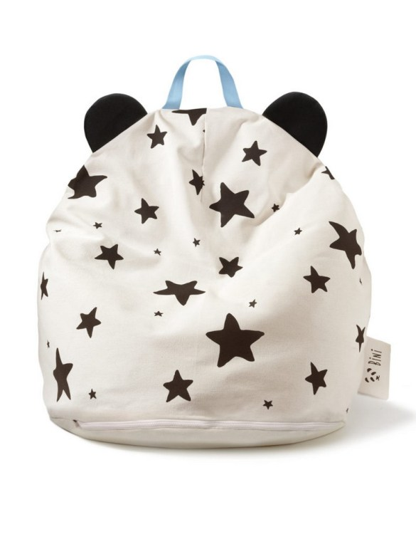 A charming little seat, the Bini with Stars and Blue Handle Kid's Beanbag is an ideal solution to create a custom, stylish space for a children's room, youth room, or even a living room.
