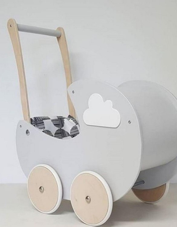 Allows you to carry dolls and teddy bears, the Fashionable Cloud Gray Personalised Wooden Doll Pram helps to learn to walk and improves acquired walking skills. A gorgeous toddler wooden doll pram made from wood with an option of adding your child's name and including bedding set: duvet, pillow and bedsheet.