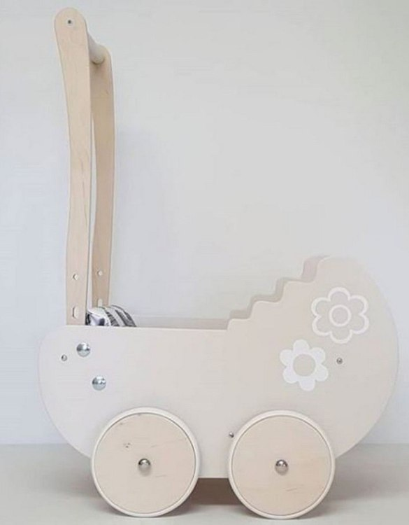 Allows you to carry dolls and teddy bears, the Fashionable Cream with Flowers Personalised Wooden Doll Pram helps to learn to walk and improves acquired walking skills. A gorgeous toddler wooden doll pram made from wood with an option of adding your child's name and including bedding set: duvet, pillow and bedsheet.