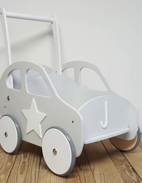 Colourful, fun and educational, the Stylish Grey Personalised Wooden Baby Walker will satisfy the most demanding children. This will fulfill their innermost dreams. A personalized wooden walker in the shape of a car for children. Thanks to it, the child will learn to walk and will have fun at the same time.
