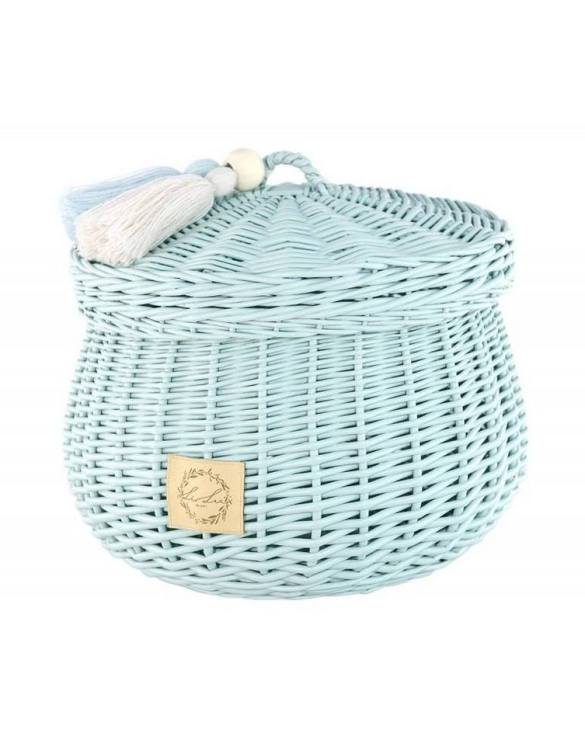 Sweet and simple, the Dirty Mint Wicker Casket with Tassels is perfect to fill with your child's favourite trinkets, or your own memories of your child's first moments. A beautiful wicker casket with tassels, carefully made by the best craftsmen, in three sizes.
