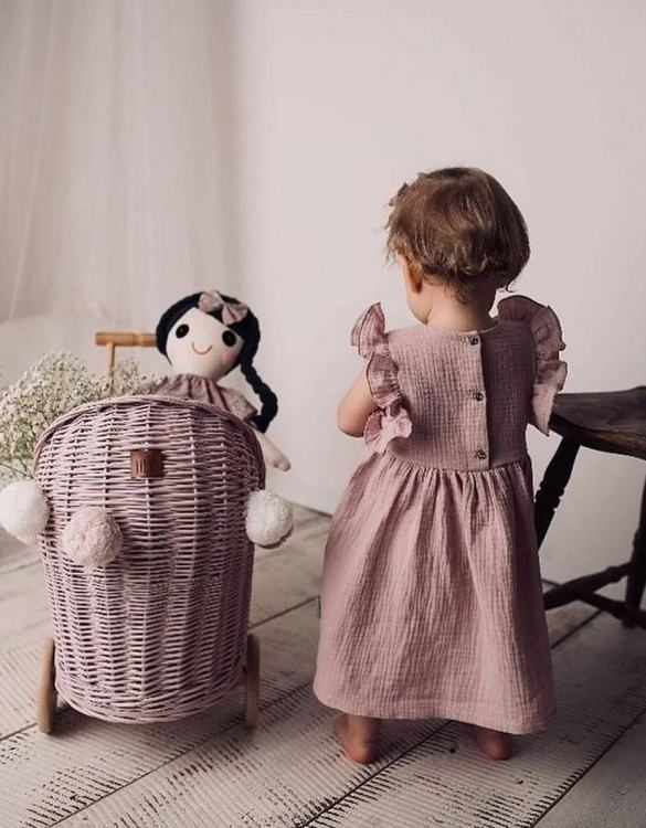 """Gorgeous wicker stroller for a doll, the Dirty Pink Low Wicker Doll Pram will be a favourite toy in no time. Such stroller is a great fun for every little """"mom"""" and at the same time a 100% stylish, ecological and Polish toy."""