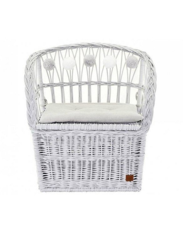 Great for creating a cosy corner, the Gray Wicker Seat With Trunk is perfect as a decorative statement in your living room. These amazing wicker seats with storage are the perfect solution to your storage needs.
