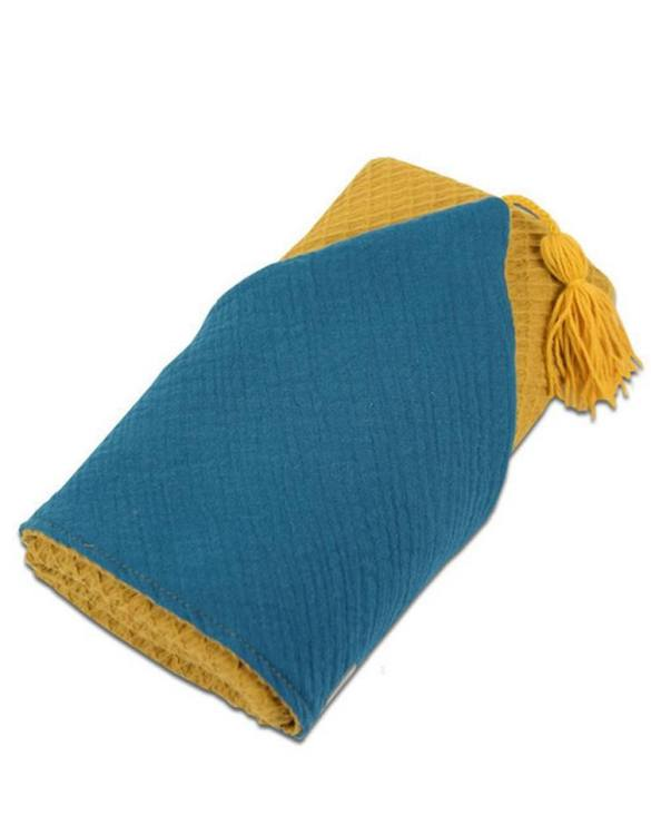 Great for gifting, the Hooded Towel Ochre is made from a beautiful 100% cotton terrycloth to make an absorbent yet lightweight fabric. A soft infant hooded towel with a charming muslin hood.