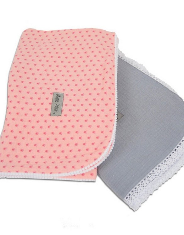 A versatile item with a multitude of uses, the Muslin Swaddle 2 Pack Sweet will be your little one's favorite blanket. And it's looking very beautiful and stylish! This baby swaddle muslin blanket is a perfect gift for an expecting mama!