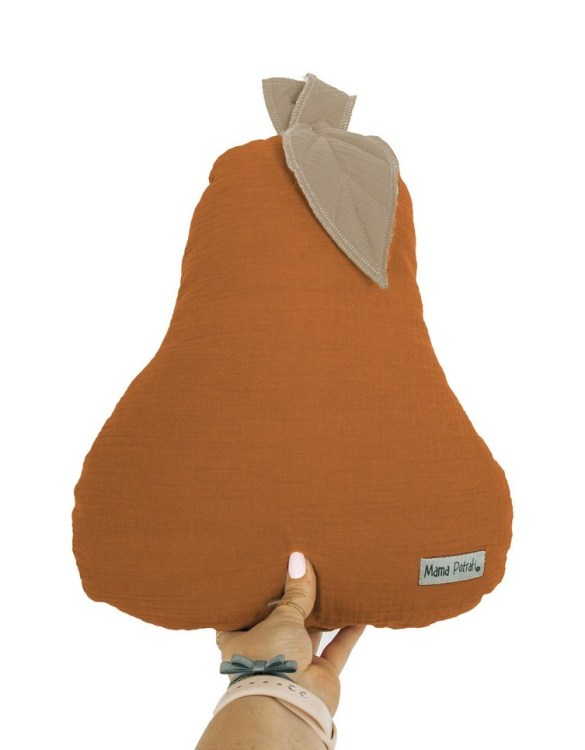 Perfect for any little one or teenager's bedroom, the Pear-shaped Pillow Caramel is great for finishing up your little one's playroom. Your kids will love it! This children's cushion is super soft and super cute. A beautiful addition to any nursery or kids' room.